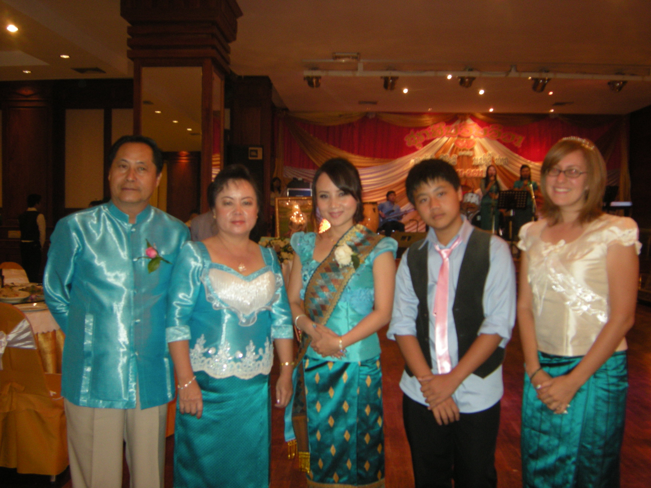 lao wedding flowers